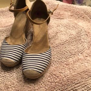 Women size 8.5 wedges blue and white color
